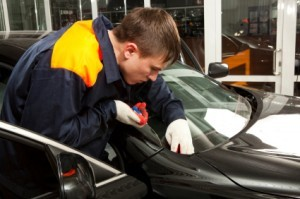 Finding the Right Company to Repair or Replace your Auto Glass